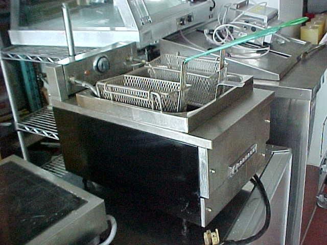 Les quipements jean guy mailloux inc cuisine boucherie for Equipement de cuisine commerciale usage